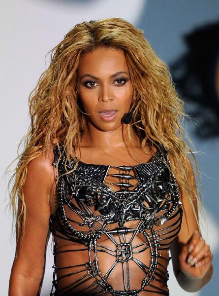 22/06 :    Performance aux Billboard Music Awards 64863641cheleny522201192157PM