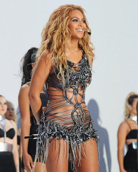 22/06 :    Performance aux Billboard Music Awards 64864061cheleny522201194830PM