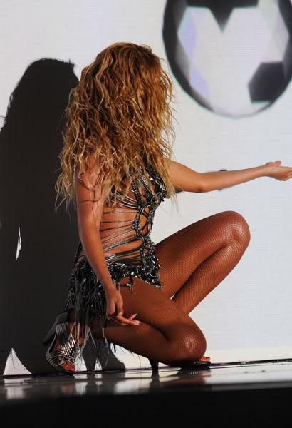 22/06 :    Performance aux Billboard Music Awards 64864176cheleny522201195036PM