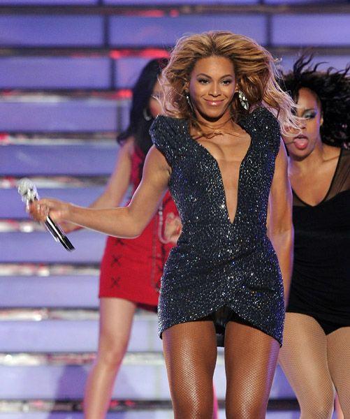 25 Mai - American Idol Finale  - Page 4 64903252cheleny525201190045PM