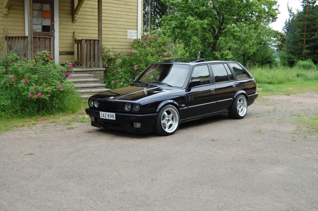 E30 Touring 24V patilla ja Käyttis E36 Coupe DSC_0687
