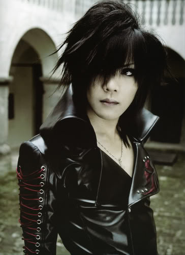 GazettE (Visual kei) - Página 2 The-GazettE--Kai-the-gazette-69778_