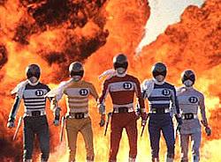 เปิดตำนาน ตำหน่อยอร่อยแน่ : ประวัติ ขบวนการห้าสี(Super Sentai) 20040815-00516-0_denjiman