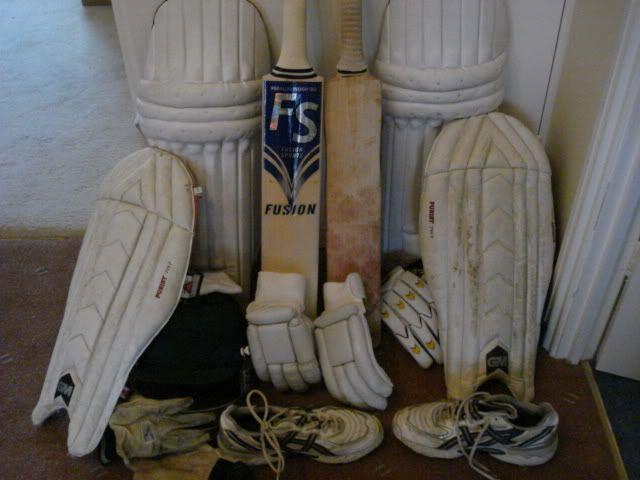 Post your batting kit DSC01214