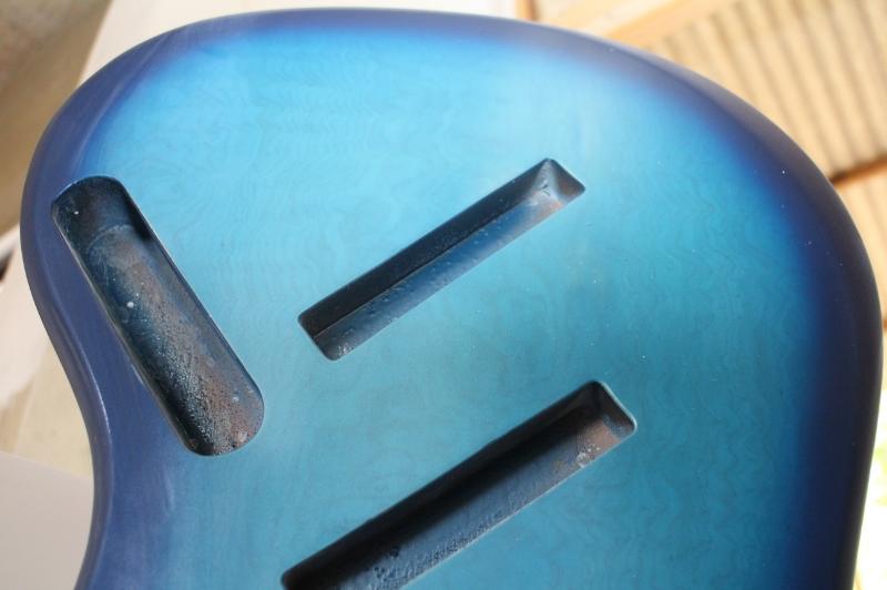 Mais trabalho pro Samuel: Jazz Bass 5 Cordas Fanned - Página 3 IMG_4549_zpse415b2e9