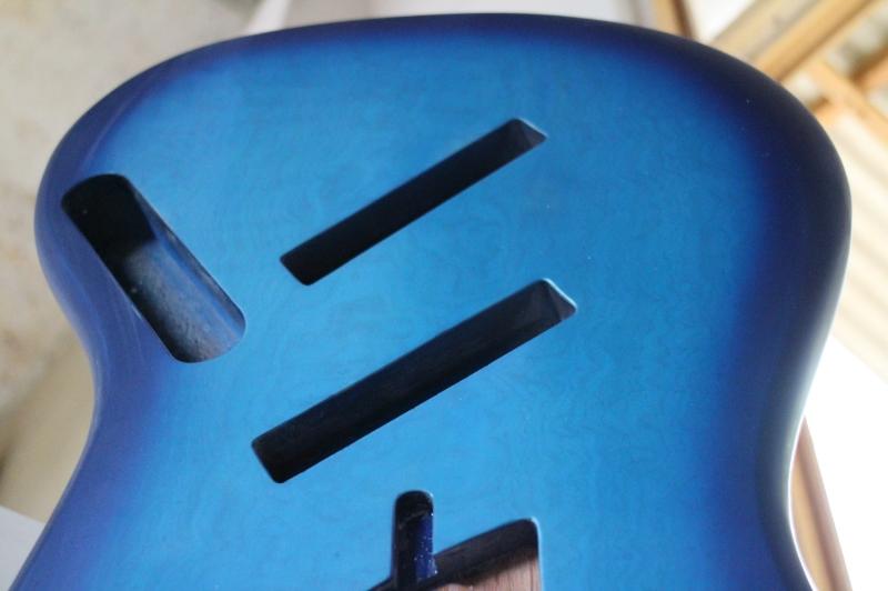 Mais trabalho pro Samuel: Jazz Bass 5 Cordas Fanned - Página 3 IMG_4586_zps9548095a