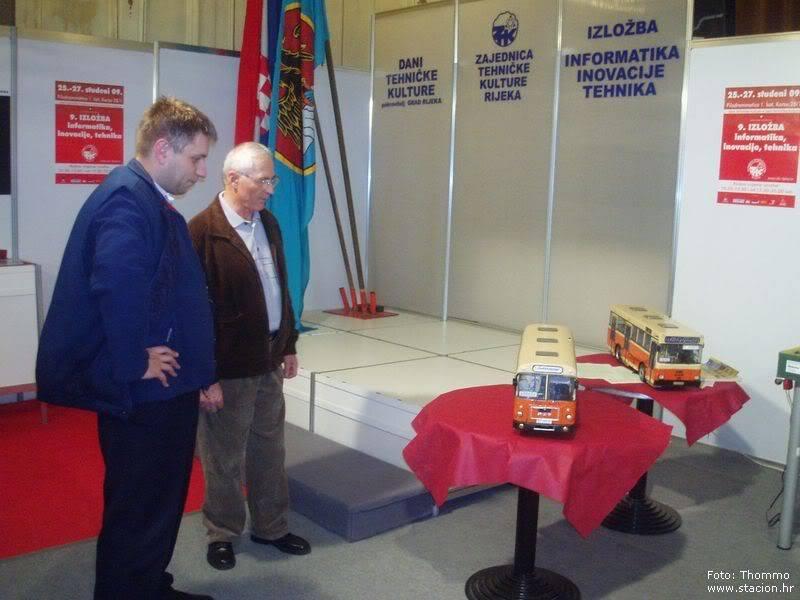 """Štacion na 9. godišnjoj izložbi """"Informatika, inovacije, tehnika"""" (ZTK Rijeka) 2009-11-26_IIT_MAN9"""
