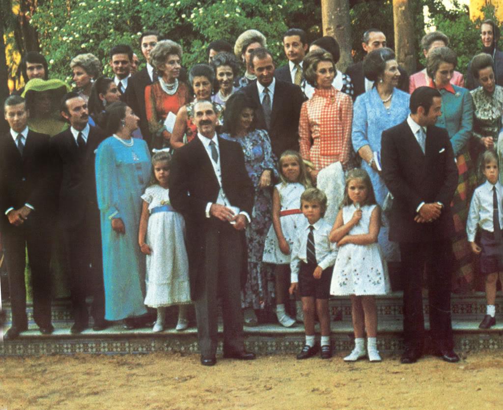 Boda Alejandro de Yugoslavia y Mª da Gloria de Orleans 03Grupo