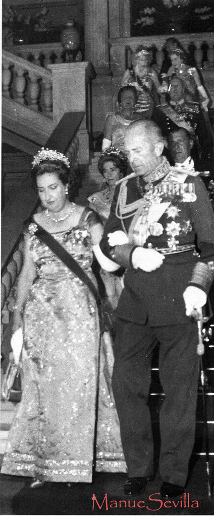 Fiestas y bailes anteriores a una boda real by Manuesevilla Pabloymercedes02.ms
