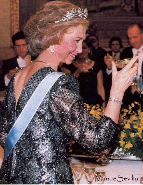 Casa Real de España - Página 6 SofialFloral01.ms
