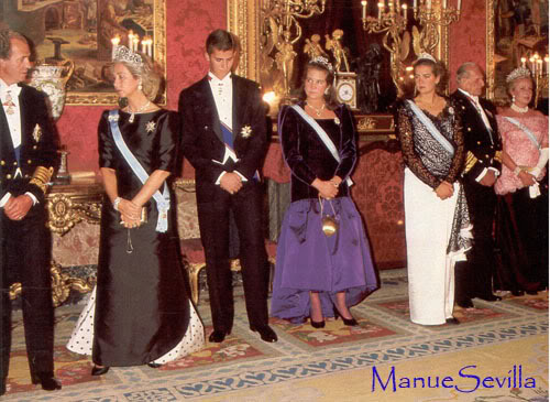 Casa Real de España - Página 6 VisitaReinaInglaterra01.ms