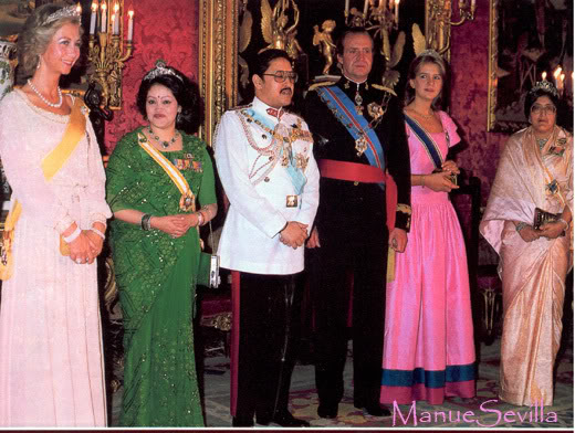 Casa Real de España - Página 3 VisitadeNepal.ms
