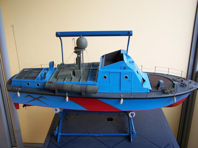 Wie man ein häßliches Schiff baut - die Geschichte der Bad Pooh 100_2361_zps0af1b292
