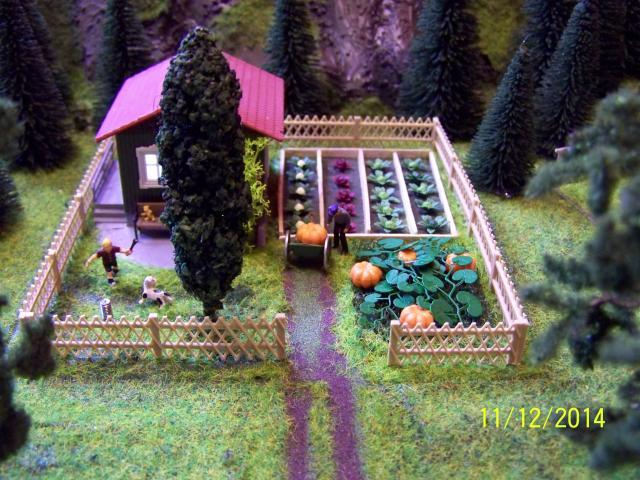 Eine kleine Anlage für große und kleine Kinder in der Spur H0 100_8774_zpsafa3bcfc
