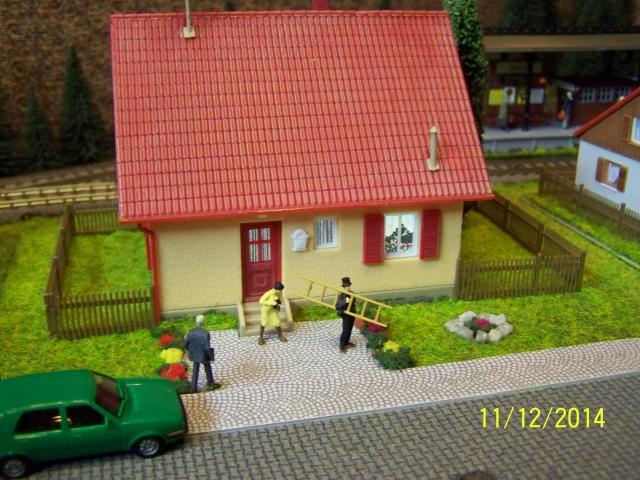 Eine kleine Anlage für große und kleine Kinder in der Spur H0 100_8777_zps0cd79a26