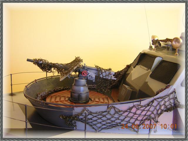 Wie man ein häßliches Schiff baut - die Geschichte der Bad Pooh DSCN1235_zps7a39c755