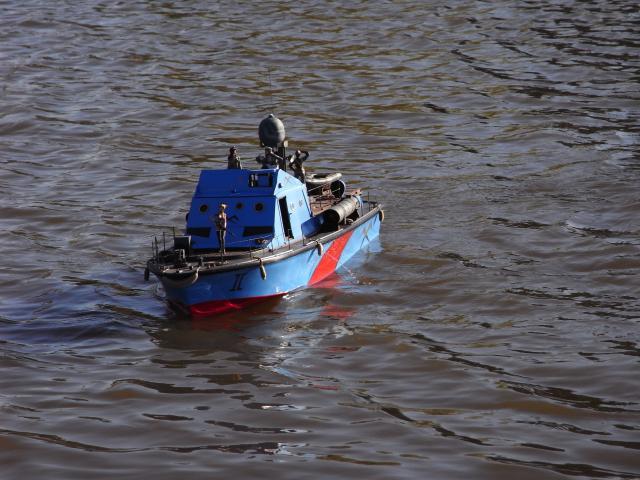 Wie man ein häßliches Schiff baut - die Geschichte der Bad Pooh RIMG0111_zpsb88d2f71