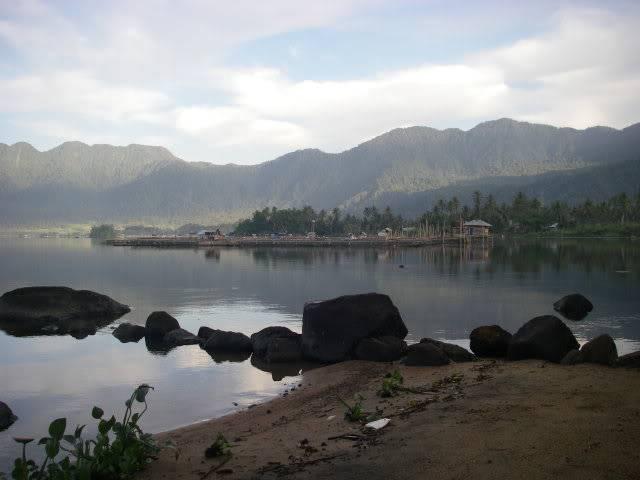 Lac Maninjau (Sumatra) IMGP0916