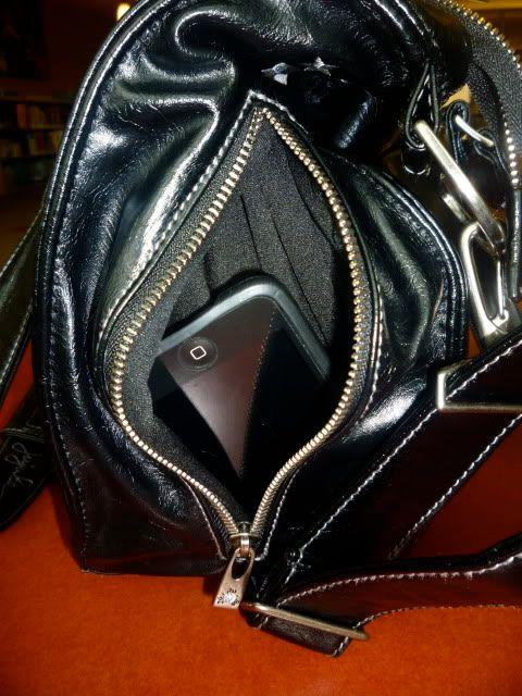 JuJuBe Behave Earth Leather Purse P1060016