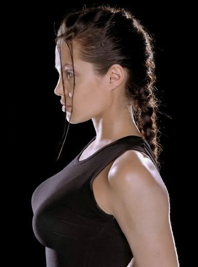 Angelina Jolie - Page 3 Angelina-jolie