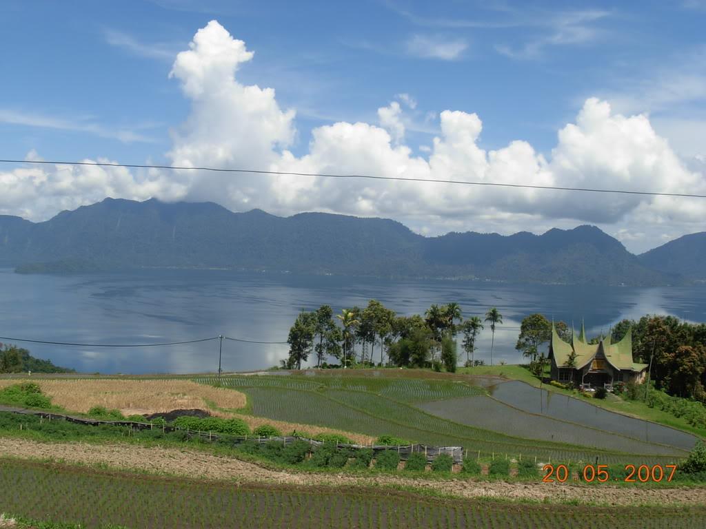 Lac Maninjau (Sumatra) DSCN0561