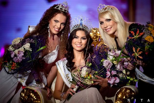 TONIGHT Miss World Slovakia 2010: LIVE UPDATES+LIVE LINK! - Page 4 P203258bd_m_24