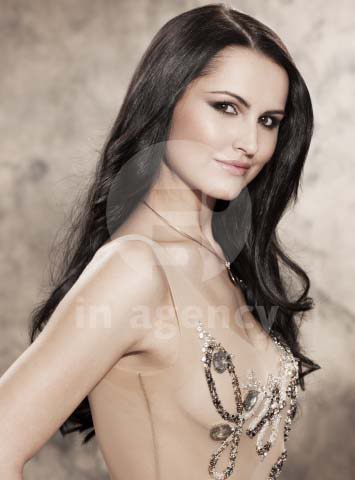 Road to Miss Universe Slovak Republic 2011 - Page 3 Adriana-9