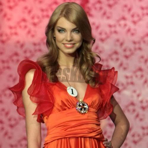 EDITA KRESAKOVA - Miss Slovakia World 2008 Edita-kresakova-missforza08-sita