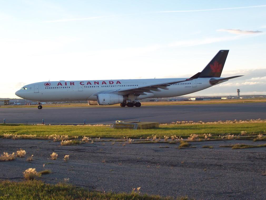 Air Canada (AC /  ACA) 100_2376
