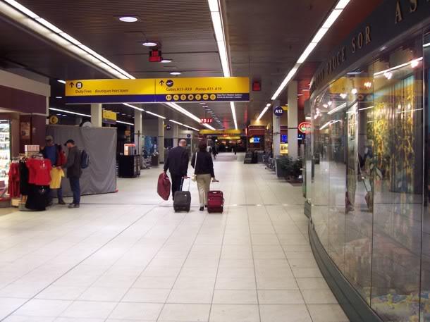 Calgary International (YYC / CYYC) 06-06-2005076