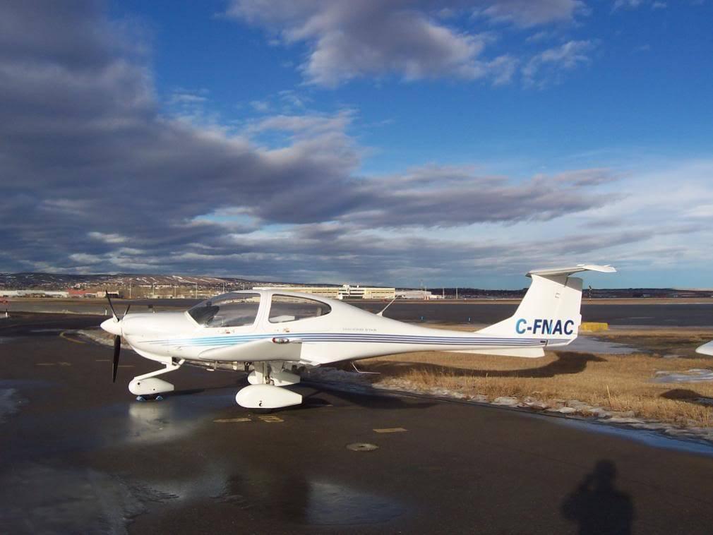 Calgary International (YYC / CYYC) 100_1163