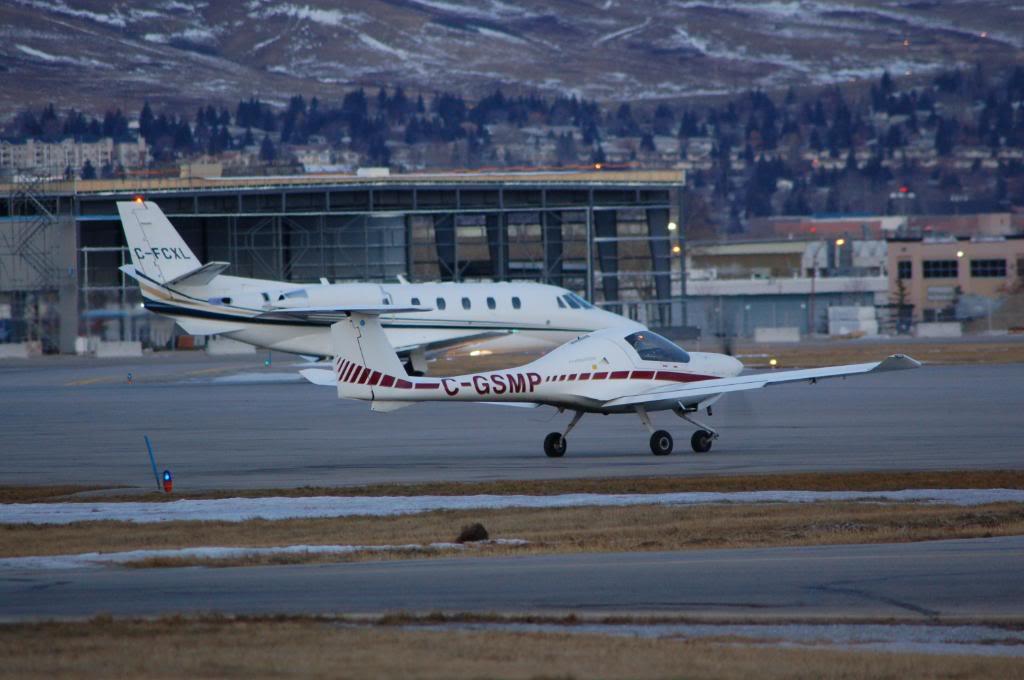 Calgary International (YYC / CYYC) DSC_0030