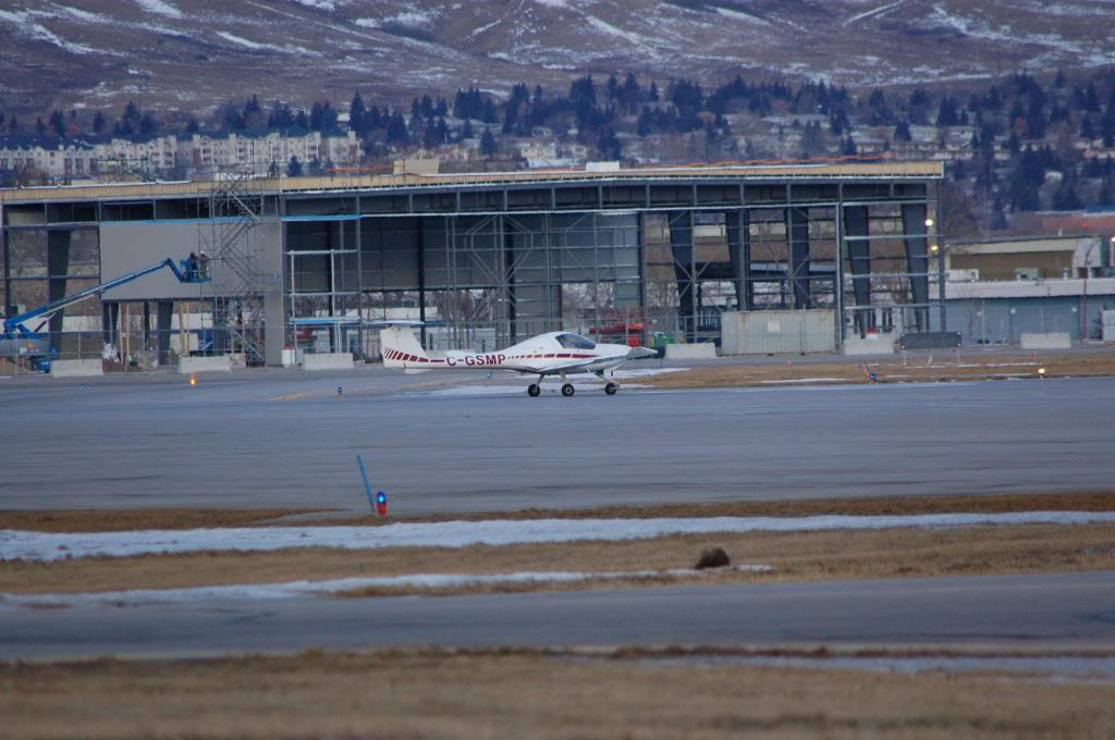 Calgary International (YYC / CYYC) DSC_0033