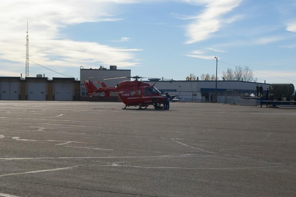 Calgary International (YYC / CYYC) IMGP4744