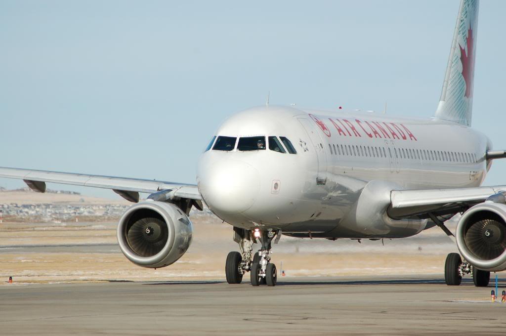 Air Canada (AC /  ACA) DSC_0211-1
