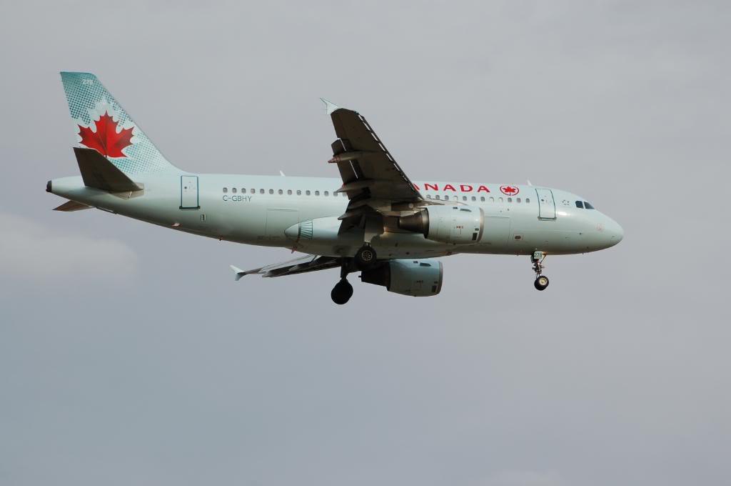 Air Canada (AC /  ACA) DSC_0267