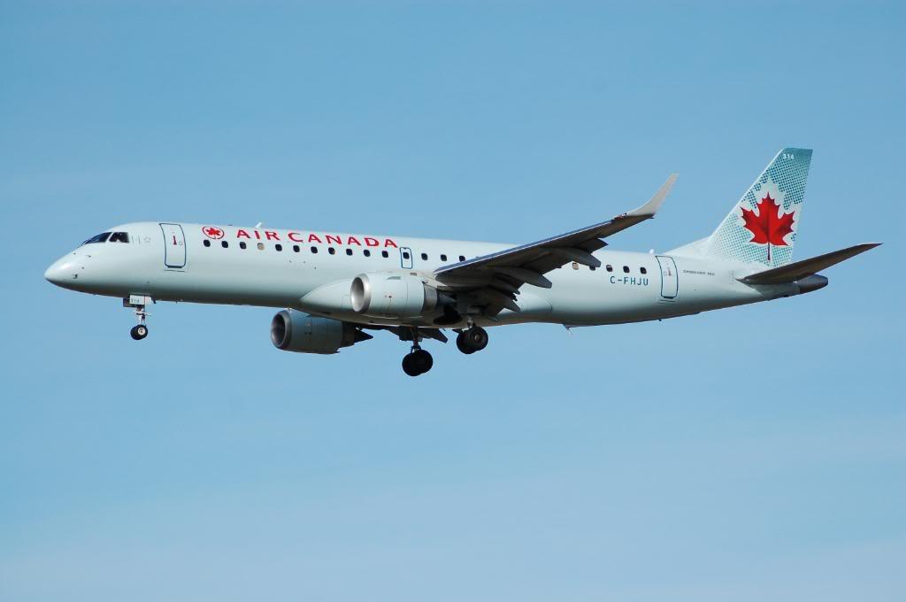 Air Canada (AC /  ACA) DSC_0391