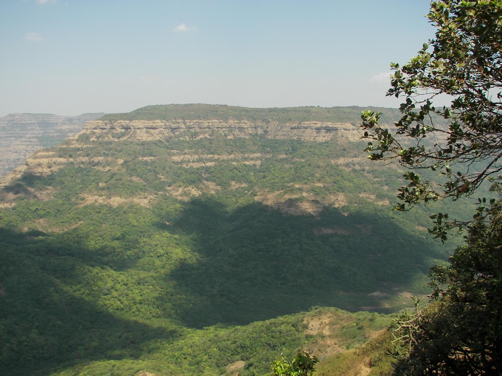நான் ரசித்த மலைகளின் காட்சிகள் சில.... - Page 4 4db5