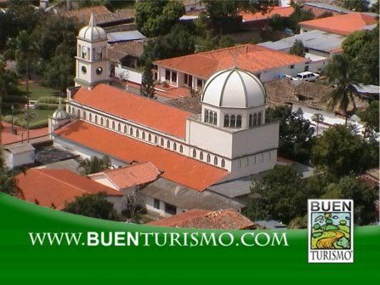 Región Andina 0IglesiadeSanPedrodelRioMunicipioAy