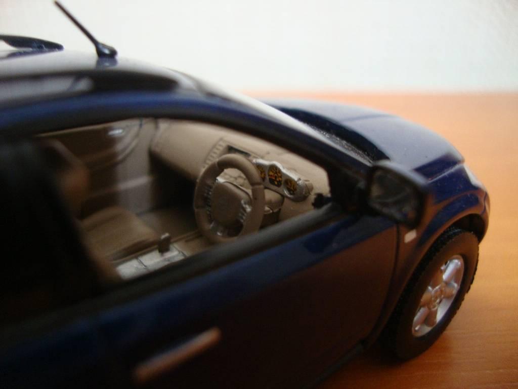 J-Collection en 1:43 NissanMurano002
