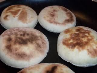 Batbout (petits pains marocain) Batbout007