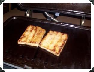 Sanwich grillée au tofu vinaigrette italienne. Sandwich002-1