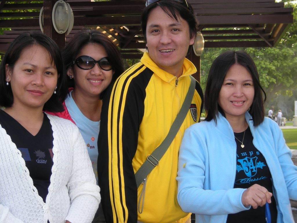 reunion namin last year, holycrossians in dubai DSCN0007