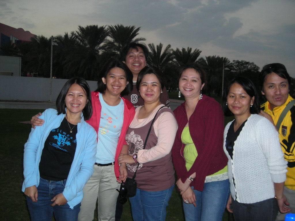 reunion namin last year, holycrossians in dubai DSCN0016