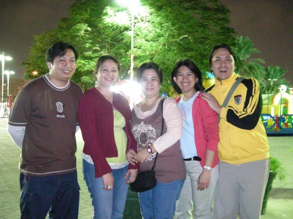 reunion namin last year, holycrossians in dubai DSCN0047