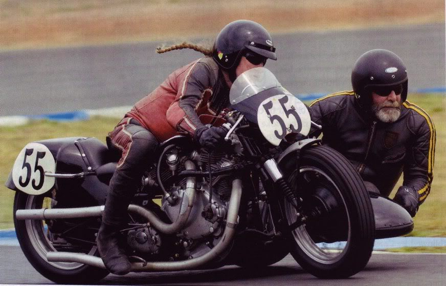 side en action - Page 2 Australia-Sidecar