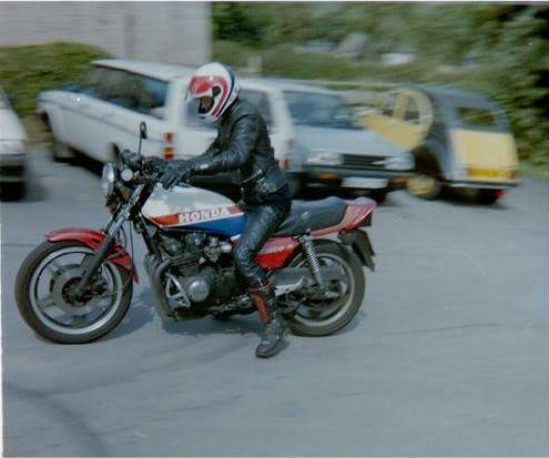 Some OLD pics of me CB7501988ish
