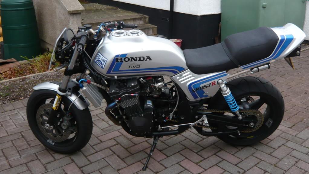 Steve Elliott bike  P1020543