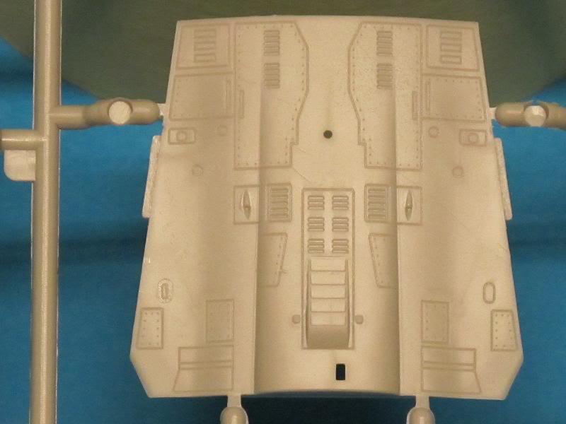 [Revue de kit] - Kinetic - Mirage 2000 B/D/N faite  par OST  Textes et photos KIN-K48032_Mirage2000BDN_G-E-detail