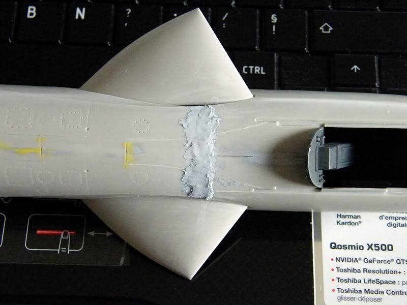 Montage Hawker-Hunter FGA.9 - Revell 1/32 MontageDuHawker-HunterFGA-9-Revell1-320079